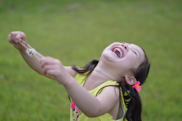 コミュニケーションも笑いが救う