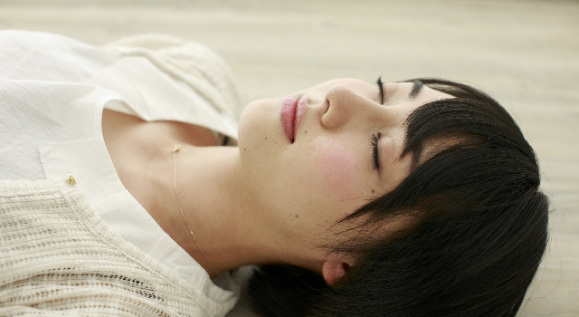 目を休める意外で簡単で効果的な方法